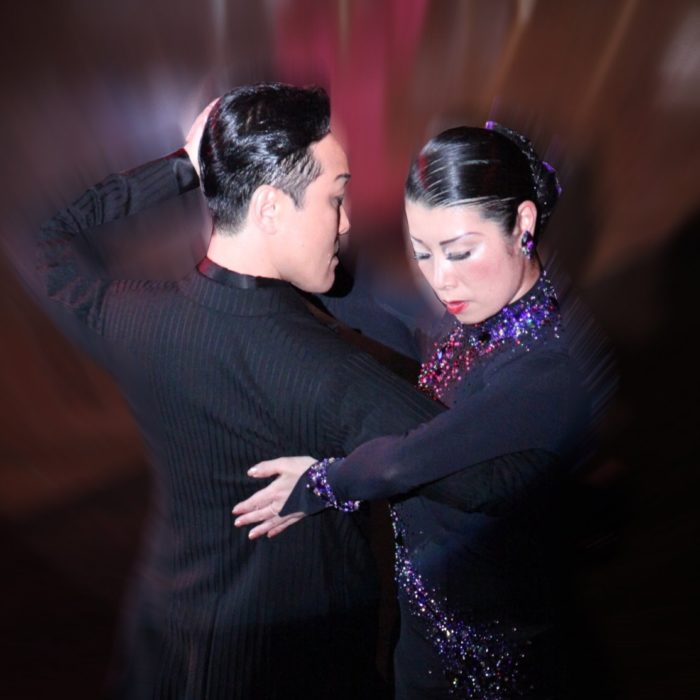 tangoのポーズ写真